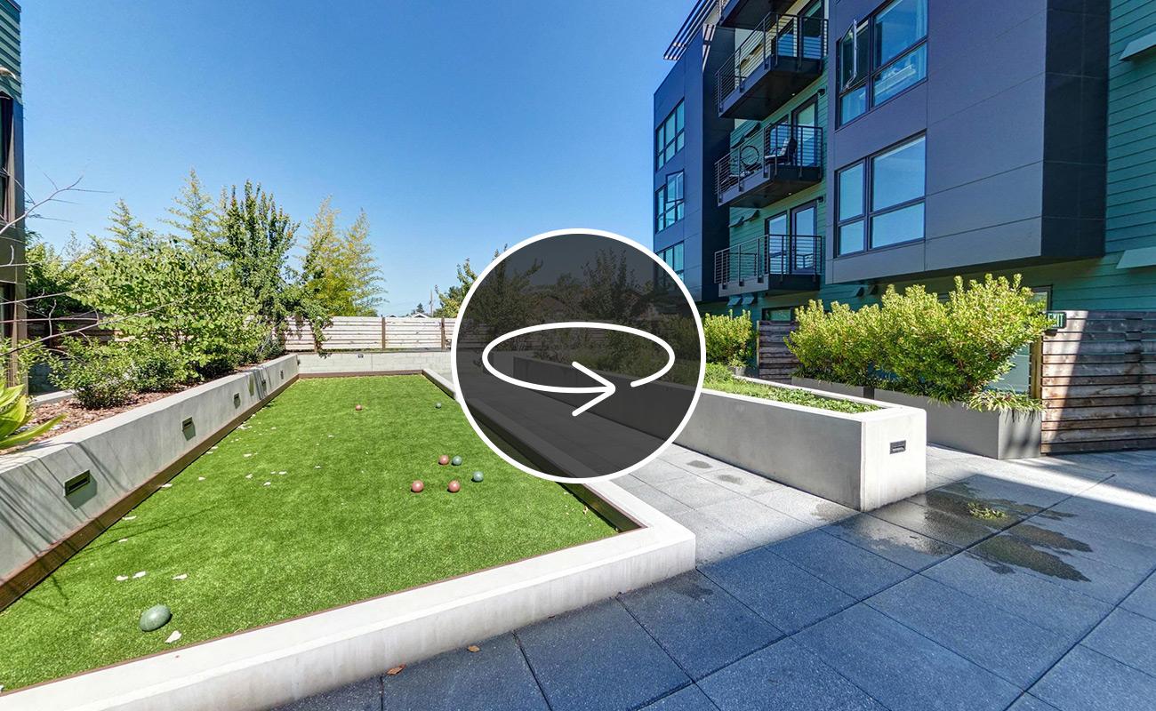 Courtyard VR